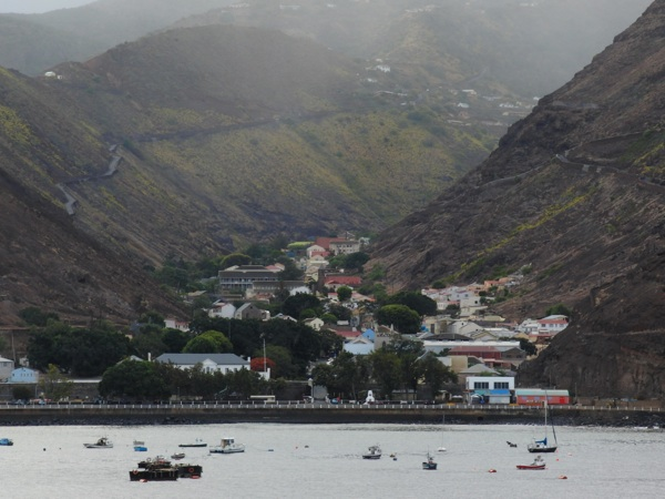 St. Helena to get airstrip